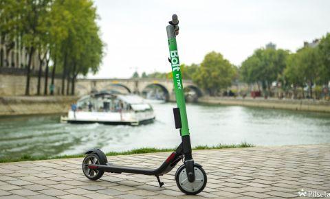Taxify transportlīdzekļu klāstu papildina elektriskie skūteri