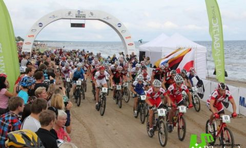 Jūrmalas MTB velomaratons pludmalē pulcēs Latvijas vadošos riteņbraucējus