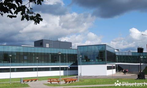 """Daugavpils Universitāte """"Green Metric"""" reitingā iekļuvusi pasaules augstskolu trīssimtniekā"""