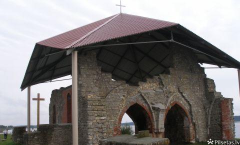 Ikšķiles baznīcas drupas uz Sv. Meinarda salas