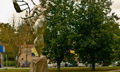 """Skulptūra """"Dāvana nākošajai tūkstošgadei"""""""