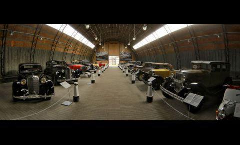 Mašīnu muzeja izstāde