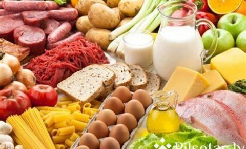 Kādus produktus var atrast Liepājas skolēnu pārtikas pakās