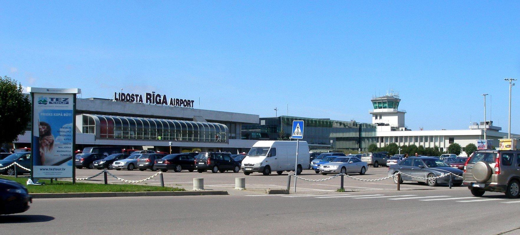 """Vasaras sezonā lidostā """"Rīga"""" darbu sāks trīs jaunas aviokompānijas"""