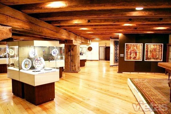 Dekoratīvās mākslas un dizaina muzejs
