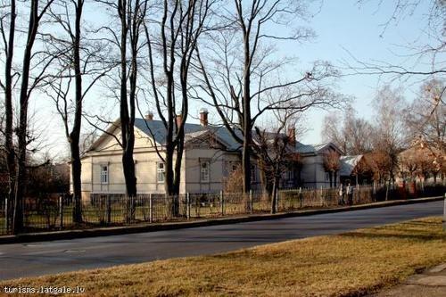 Художественный дом средней школы дизайна в Резекне