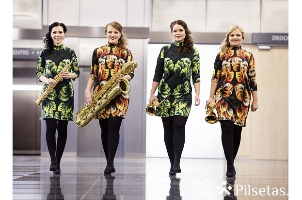"""Saksofonu kvarteta """"n[ex]t move"""" koncerts Daugavpils Marka Rotko mākslas centrā"""