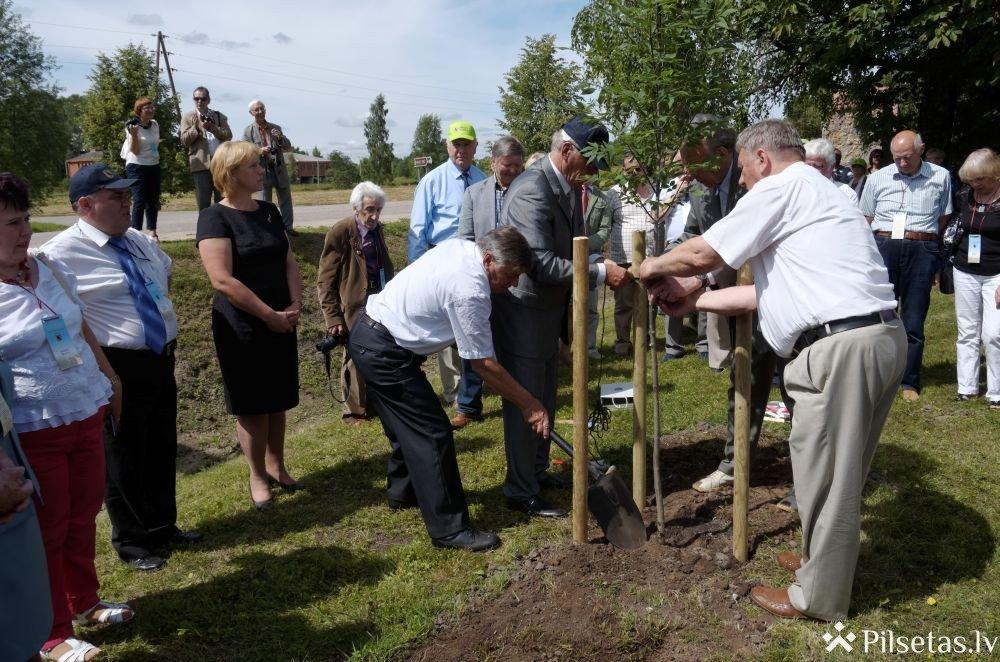 Preiļi uzņēma Latvijas Ordeņu brālības 17. salidojuma dalībniekus