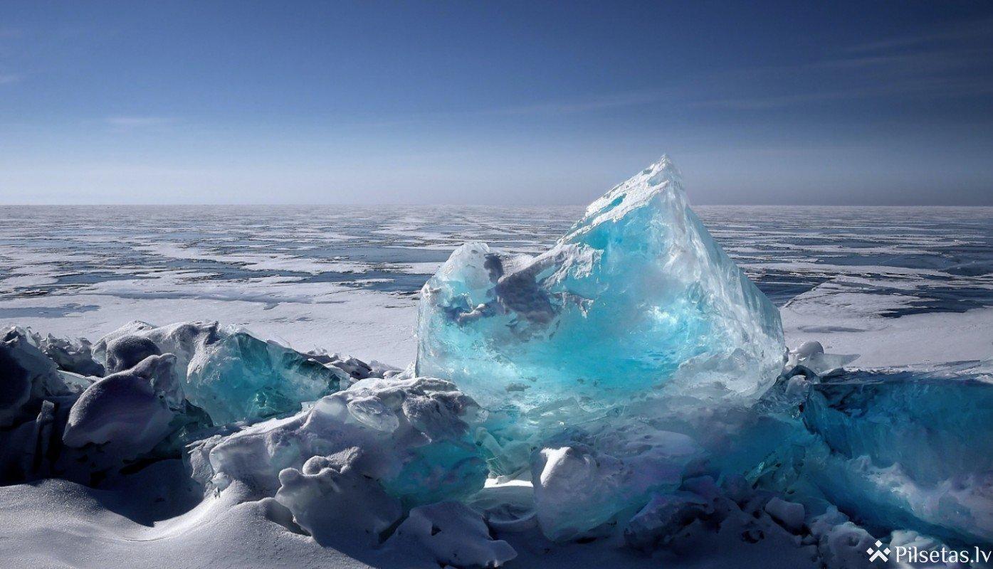 Sākoties pavasarim, ūdenstilpēs ar biezu ledus kārtu iespējama zivju slāpšana