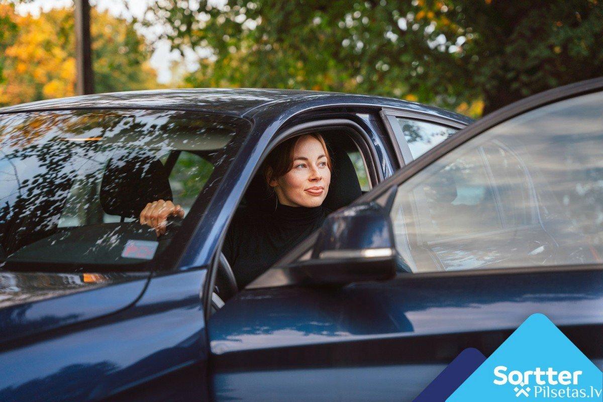 Uzņēmumu auto kredīts vai auto līzings