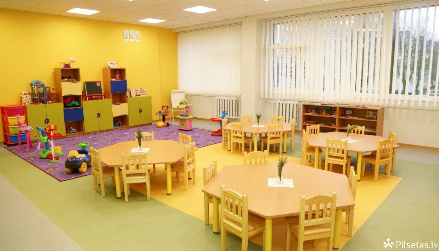 Divās pašvaldībai piederošās ēkās ierīkos jaunus bērnudārzus