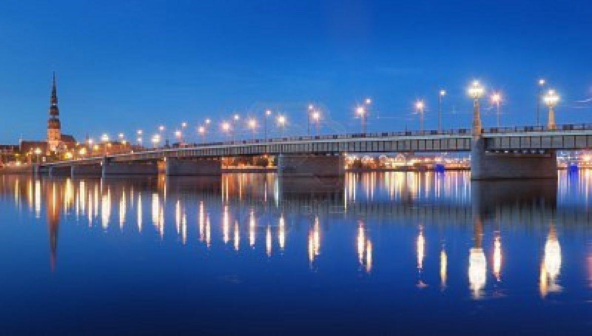 Akmens tilts